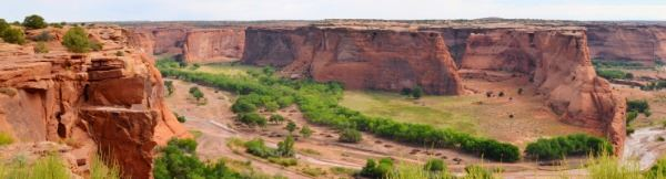 Panoramic view of Canyon de Chelly